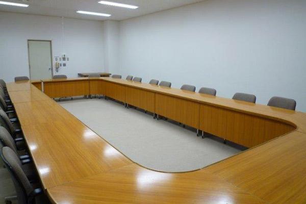 江津市地場産業振興センター会議室