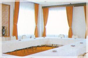 プラザホテルさんべ 会議室 兼 小宴会場